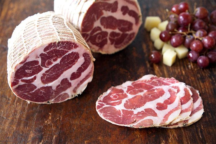 Muncan Special Meat Product Salami Steak Sausage Hot